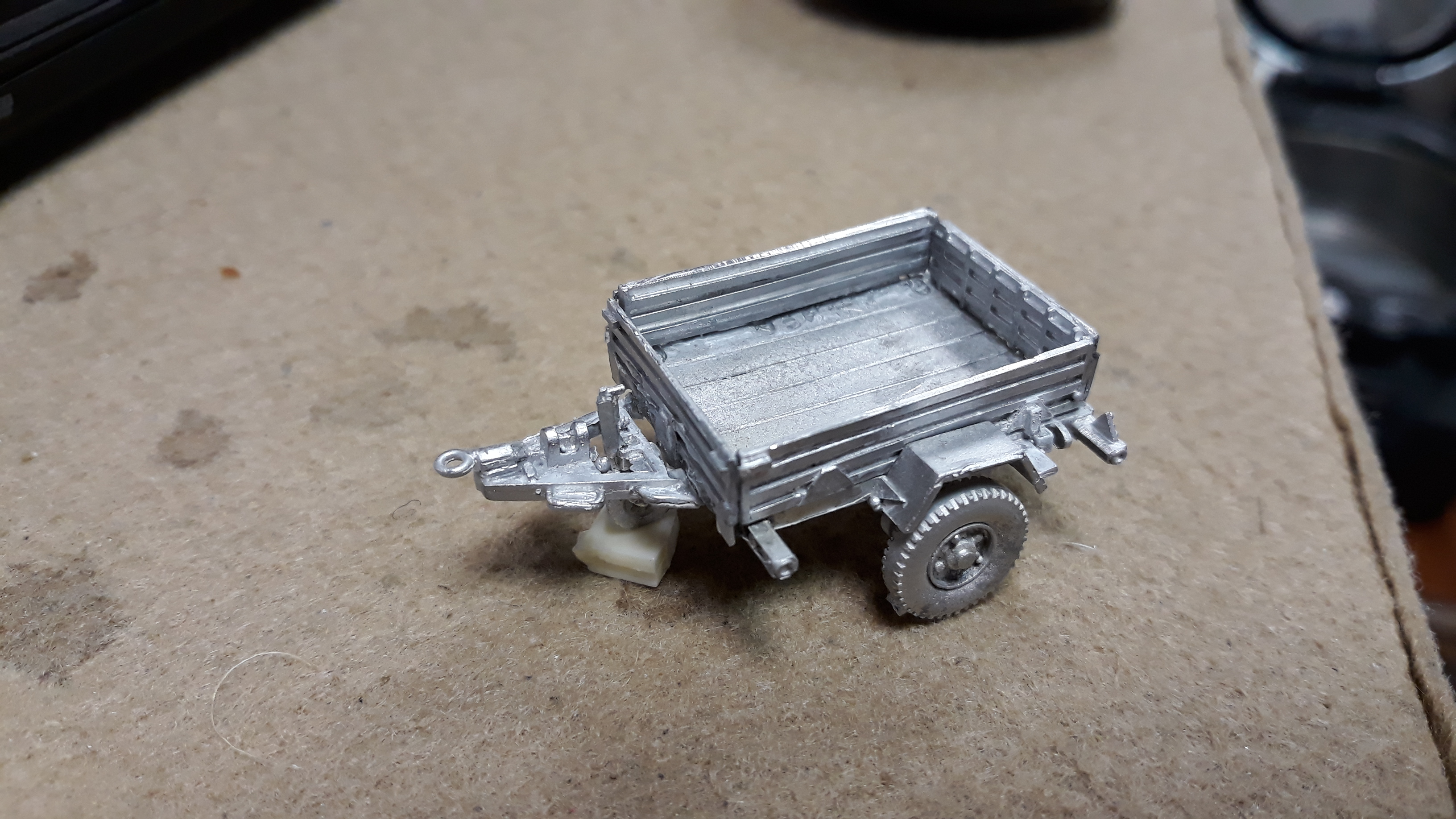1/76 Arrow 3/4 ton trailer