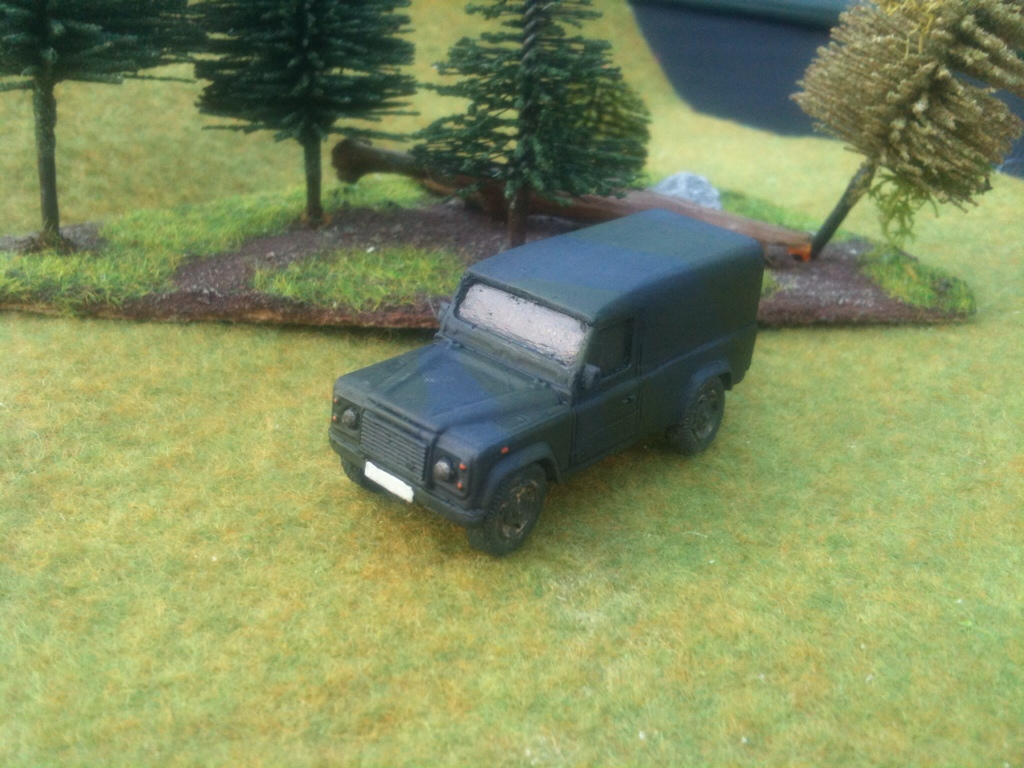 1/72 Land Rover Defender 110 (HD12)