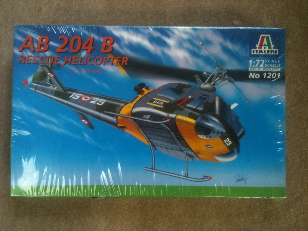 1/72 AB 204 B Helicopter