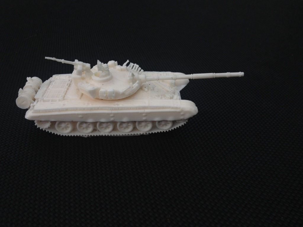 1/72 T72 Main Battle Tank (HD13)
